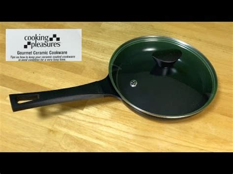 10 inch ceramic skillet with lid cooking pleasures ceramic coated 10 inch skillet with