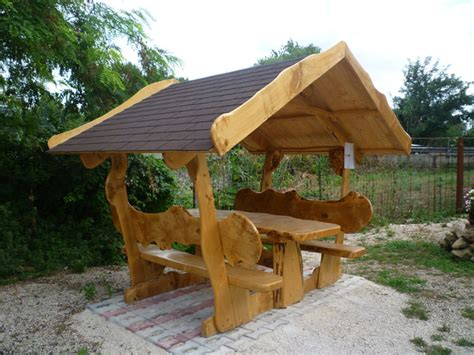 tavoli da giardino in legno 40 foto di tavoli da giardino in legno per arredamento