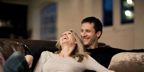 couch couple happy marriage tips advice for marital happiness