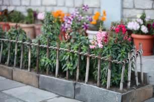 Flower Garden Fence Diy Bamboo Fence Trash Backwards