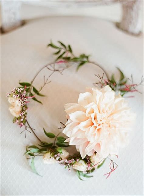 diy tiara di fiori makeup flower halo once wed