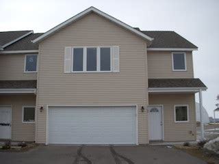 3 bedroom townhomes for rent in mn 3 bdrm 2 1 2 bath townhome now or 4 1 in north mankato