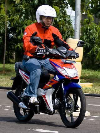 Lu Projie Revo 110 test ride honda blade 110r tarikan bawah dan tengah