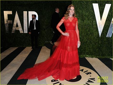 hilary swank vanity fair celeb diary hilary swank 2013 vanity fair oscar party