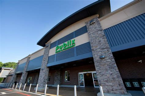 publix supermarket announces hendersonville road location