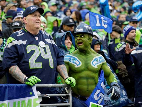 seattle seahawks fan top photos from the nfl divisional playoffs the eye