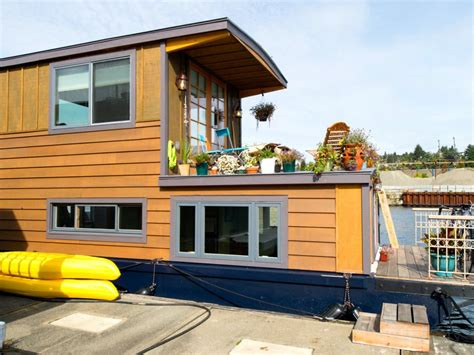house boat hotel image gallery houseboat amsterdam for two