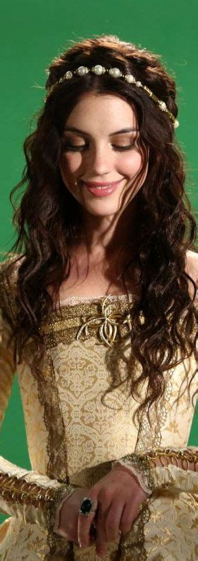 adelaide kane hair extensions for rain 17 meilleures id 233 es 224 propos de reign hairstyles sur