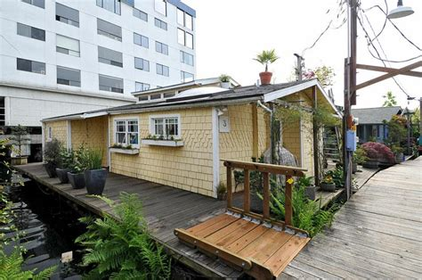 houseboats for sale nyc wooden boat oars ireland houseboats for sale in ky