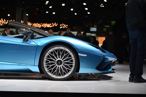 lamborghini aventador s roadster at 2017 frankfurt motor show pictures prices specs by car iaa frankfurt 2017 lamborghini aventador s roadster gtspirit