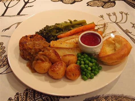 the veghog british style vegetarian sunday roast