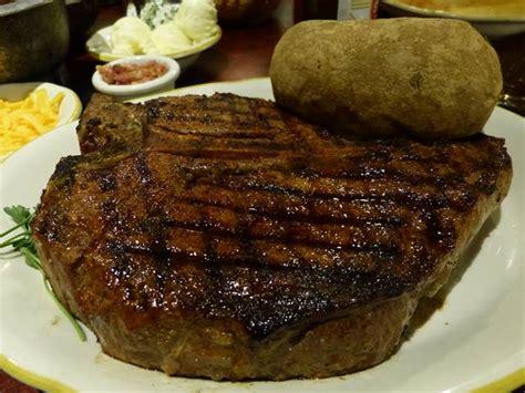 cattlemans steak house テキサスの巨大絶品ステーキ cattleman s steakhouse petite new york