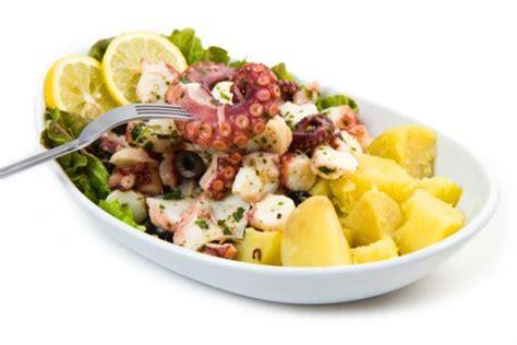 polpo in insalata con sedano 249 di capodanno a base di pesce ricette veloci foto