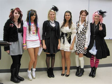 College Wardrobe by Students Fashion Dresses In A Provocative Manner Fashion