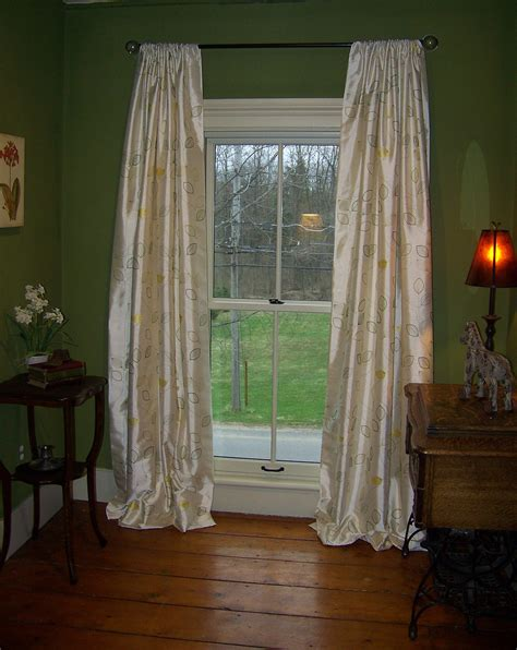 pea green curtains the effects of color interior decorating interior