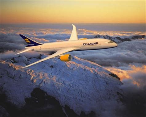 cheap iceland air business class flights  boston bos
