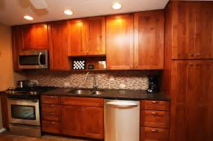 Kitchen Ideas With Maple Cabinets Simple Maple Kitchen Cabinets For Lighter Wardrobe