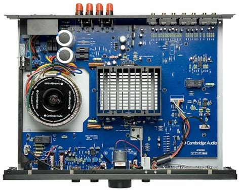 cambridge audio azur   amplificatore integrato  fi