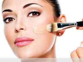 Makeup Artist 5 Golden Tips From Makeup Artists On Foundation