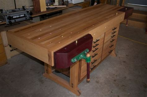 fine woodworking bench 1000 images about workbenches on pinterest woodworking