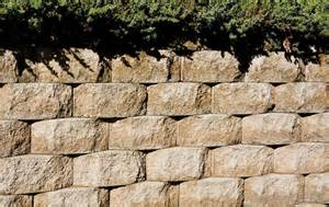 what are the different types of concrete retaining walls