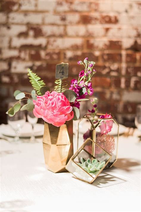 simple wedding table decorations best 25 gold vase centerpieces ideas on