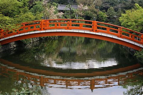 japanese bridges more japanese garden images for you to enjoy 171 japanese