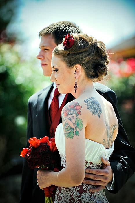 brides with tattoos tattooed brides weloveweddings