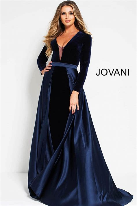 Longdress Velvet navy fitted velvet open back sleeves dress with skirt