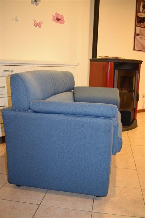 divano a due posti con profondit 224 70 divani a prezzi
