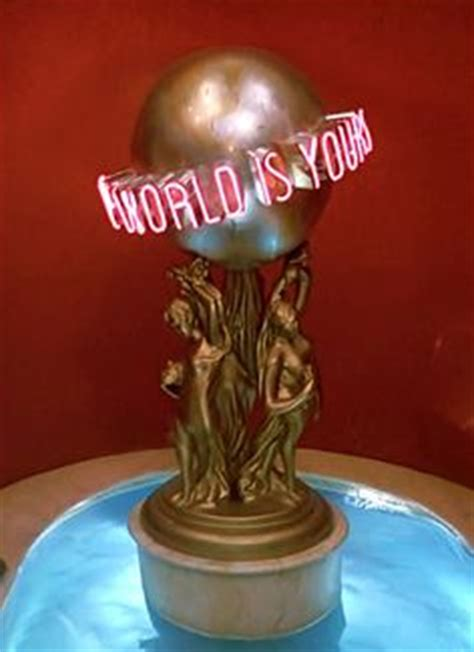 laste ned filmer the world is yours scarface the world is yours statue nerd stuff that i ll