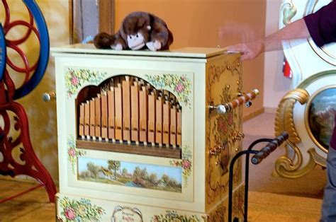 music house museum organ grinder picture of music house museum acme tripadvisor