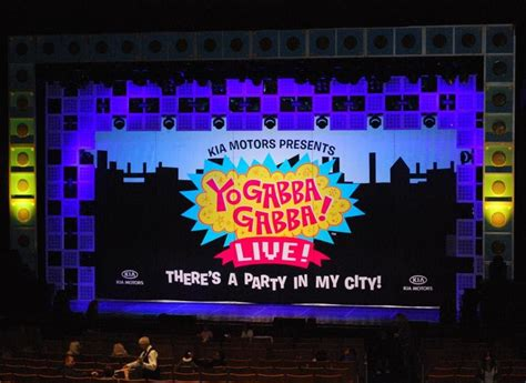 gabba gabba live and sweet pea make a review yo gabba gabba