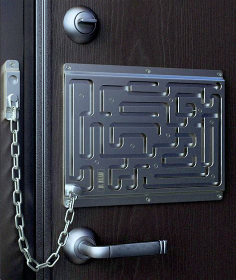 defendius labyrinth security lock thinkgeek