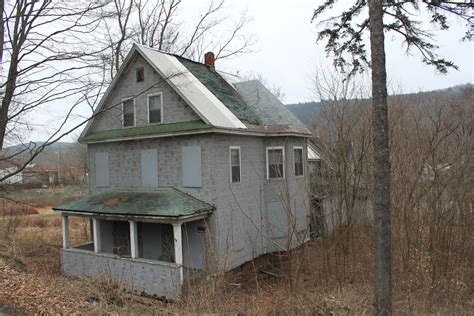 vermont house abandoned vermont windsor house preservation in pink