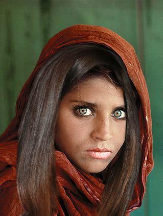 la niña afgana que dió la vuelta al mundo,,curiosidades