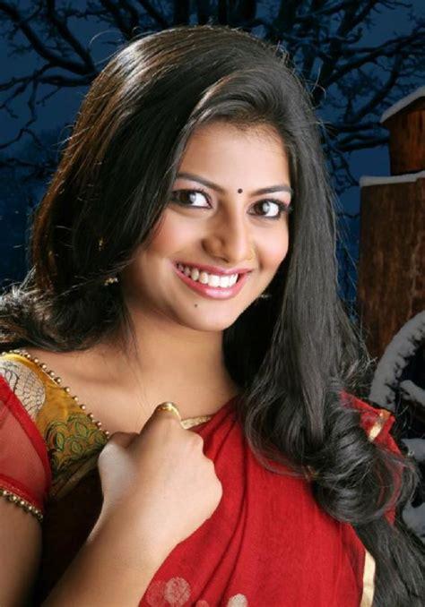 actress anandhi pictures anandhi latest stills