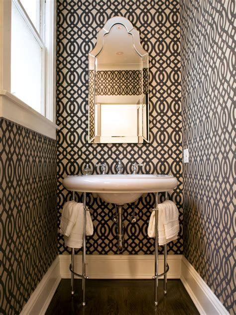 small bathrooms big design hgtv small bathrooms big design hgtv