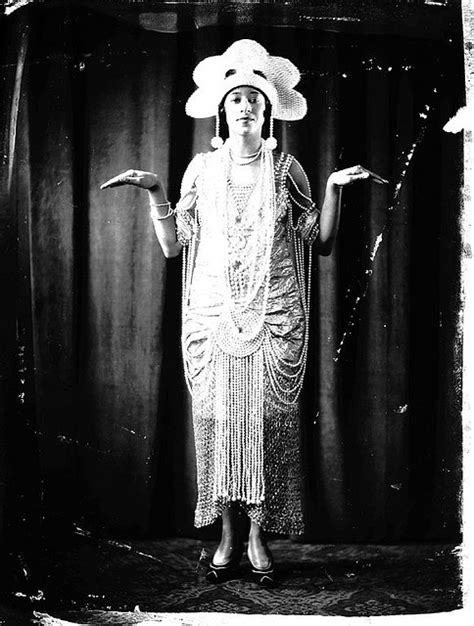 roaring 20s fashion for african americans 34 best 1920s black women fashion images on pinterest