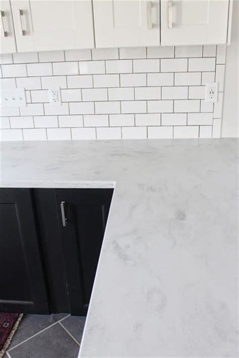 White Solid Surface Countertops 25 Best Ideas About Solid Surface Countertops On