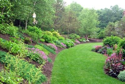 backyard hill landscaping ideas backyard garden designs on landscaping ideas for hills in