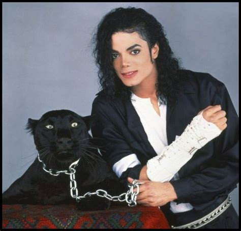michael jackson black or white black shirt