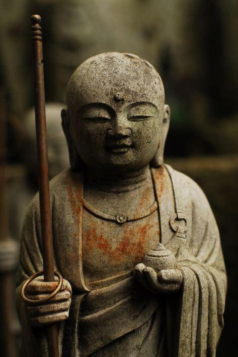 buddhist  attachment quotes quotesgram