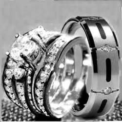 His amp hers 4 pcs womens stainless steel amp mens titanium wedding rings