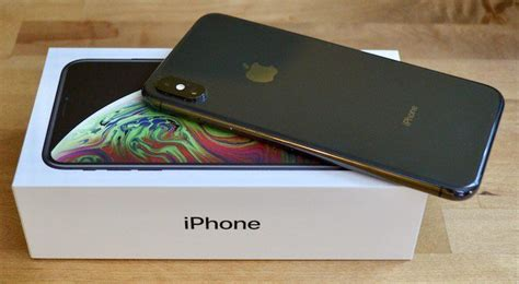 monday apple rumors iphone xs max demand higher than iphone xs