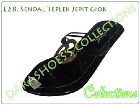 Baru Sandal Wanita Model Carvil Gesper Silang Coklat sepatu sandal ku e28 sendal teplek jepit giok