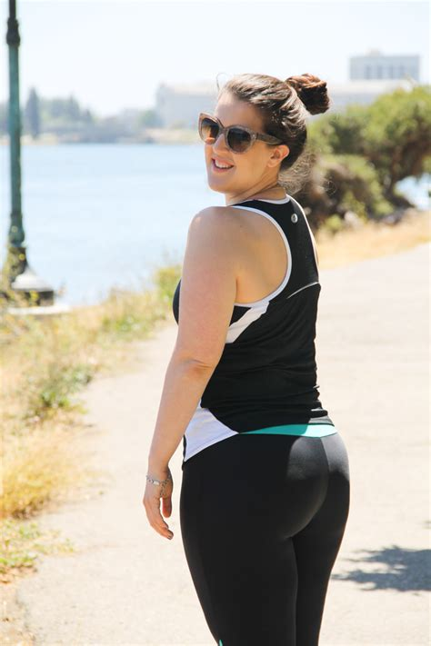 flattering workout clothing the pear shape