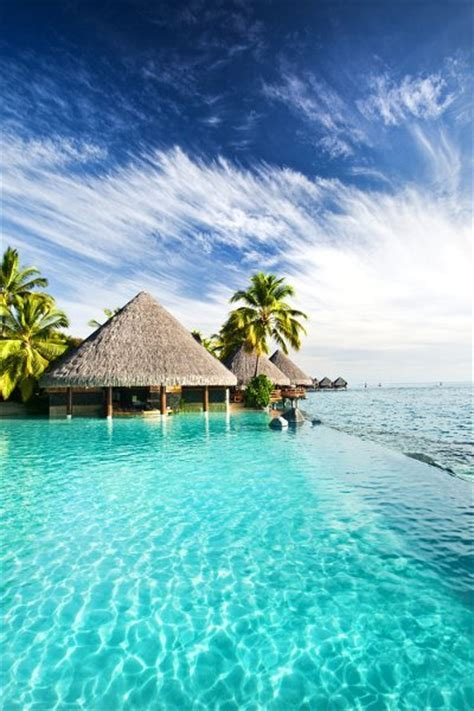 Favorite Things to Do in Tahiti, Honeymoons by WeddingWire