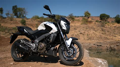 bajaj dominar   abs price mileage reviews specification gallery overdrive