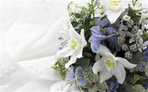 Flowers Wedding by Perennial 2013 S Flowers Just In Time For